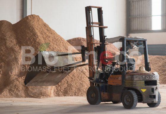 4. Machines & Equipment